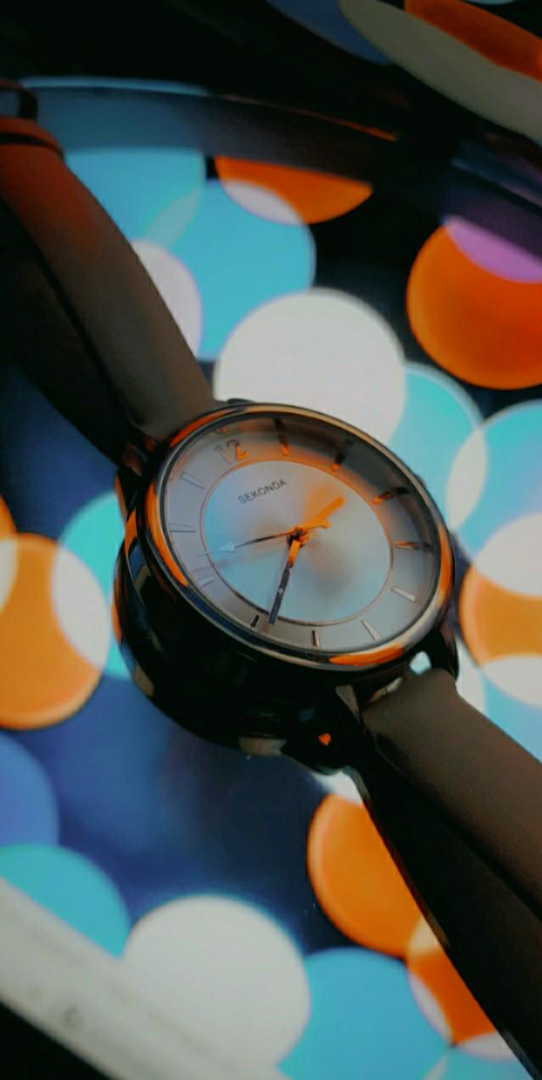 watch image